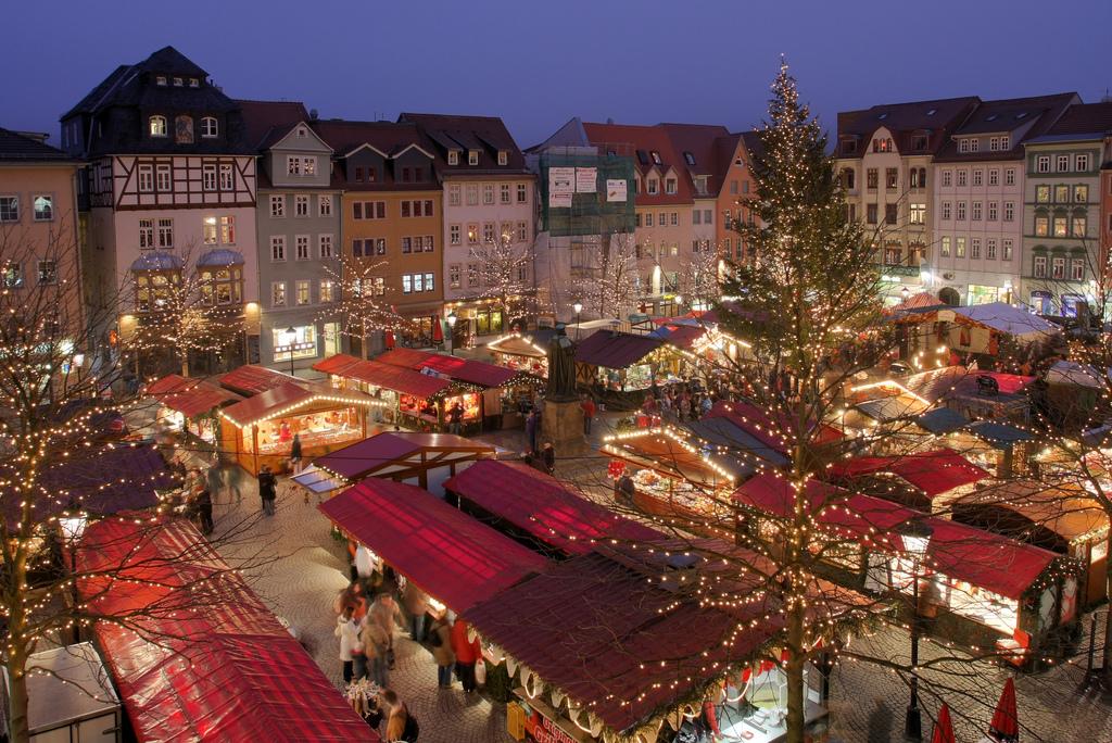 心も体も満たす冬グルメ!世界的に有名なドイツのクリスマスマーケット