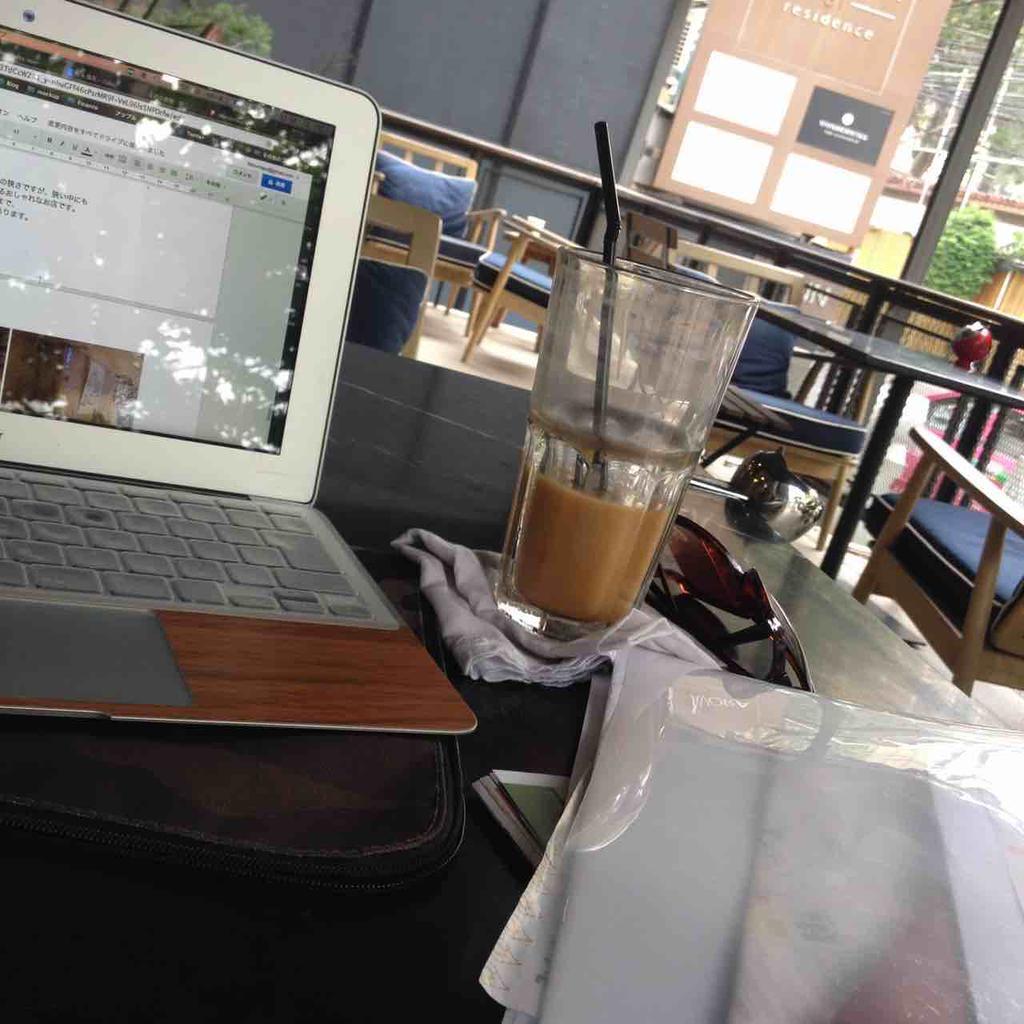 bangkok-cafe-01