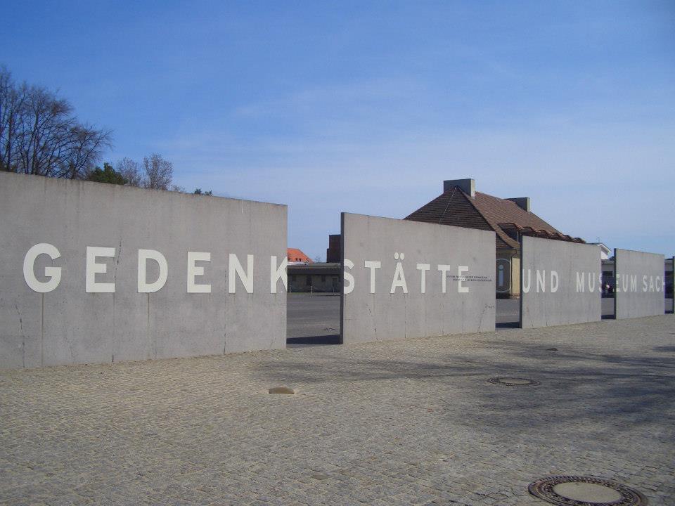 ナチスドイツが残した負の遺産、強制収容所で歴史を学ぶ旅