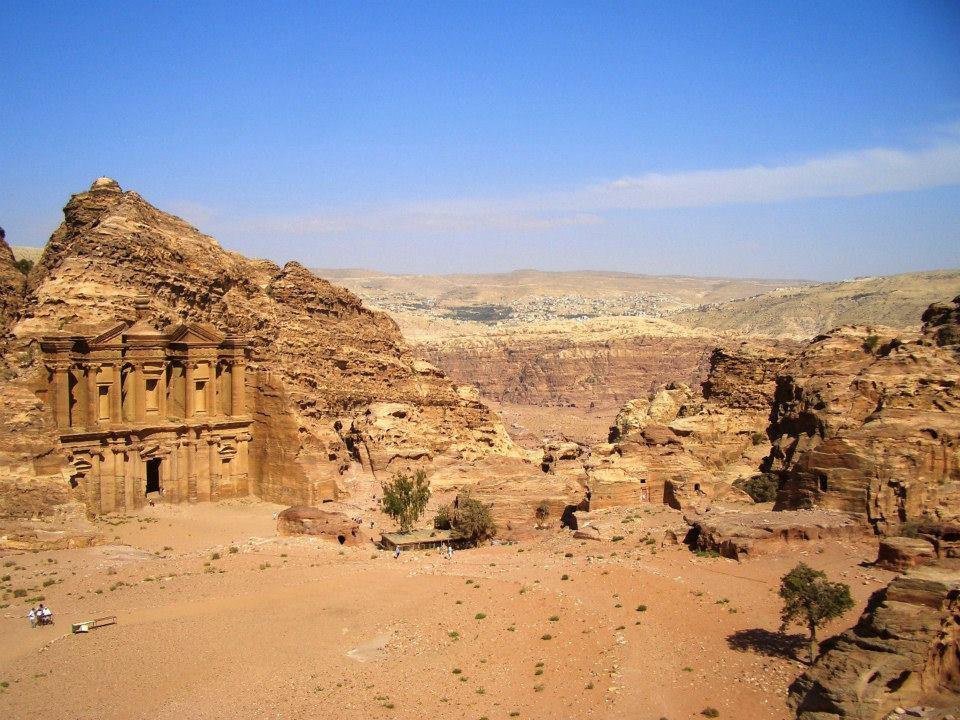 世界一高い入場料に値する世界遺産ぺトラ!岩で出来た古代都市の謎