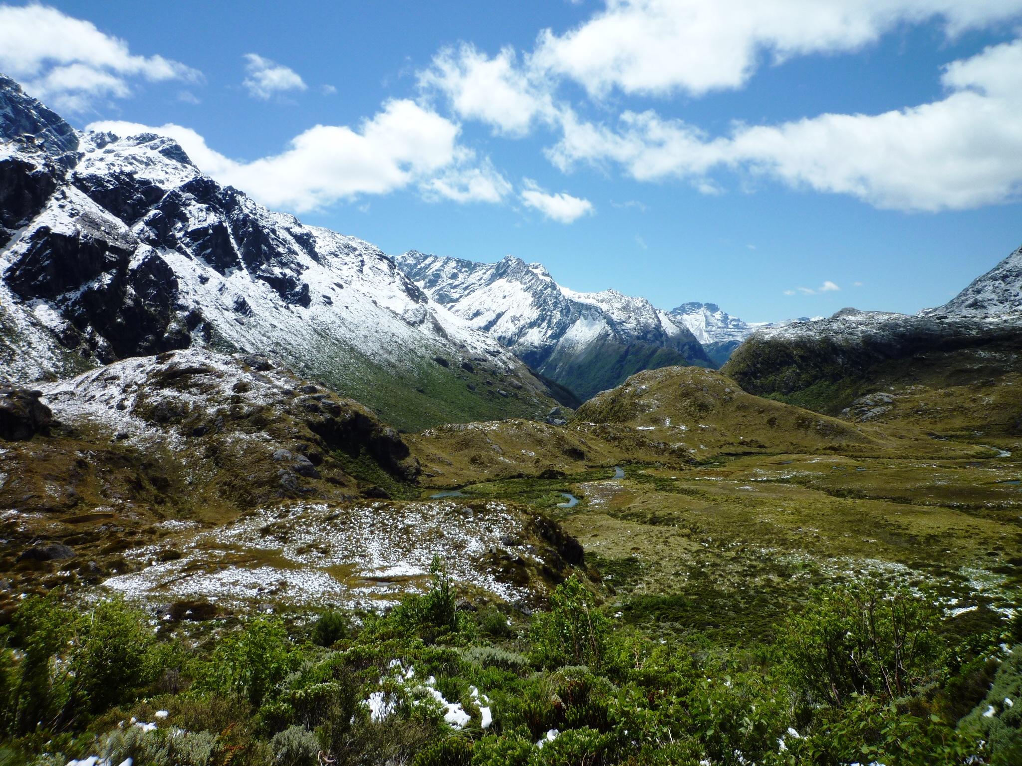 努力なしには辿り着けない絶景!ニュージーランドでグレート・ウォークを歩こう