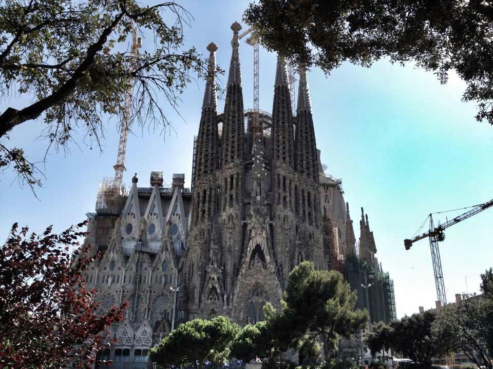 barcelona-antoni-gaudi-06