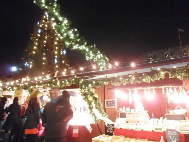 伝統的なクリスマスマーケットへ!冬のスウェーデンを巡るグルメ旅