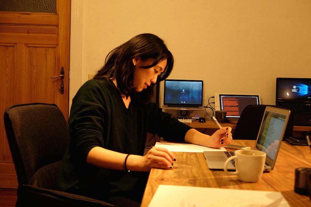 ベルリン在住の絵本作家たなか鮎子さんから学ぶ「アートで生計を立てていく」ためのヒント