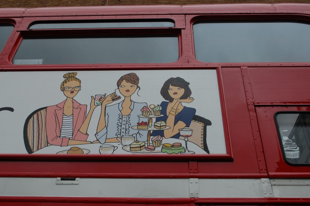 britain-bb-bakery-bus-03