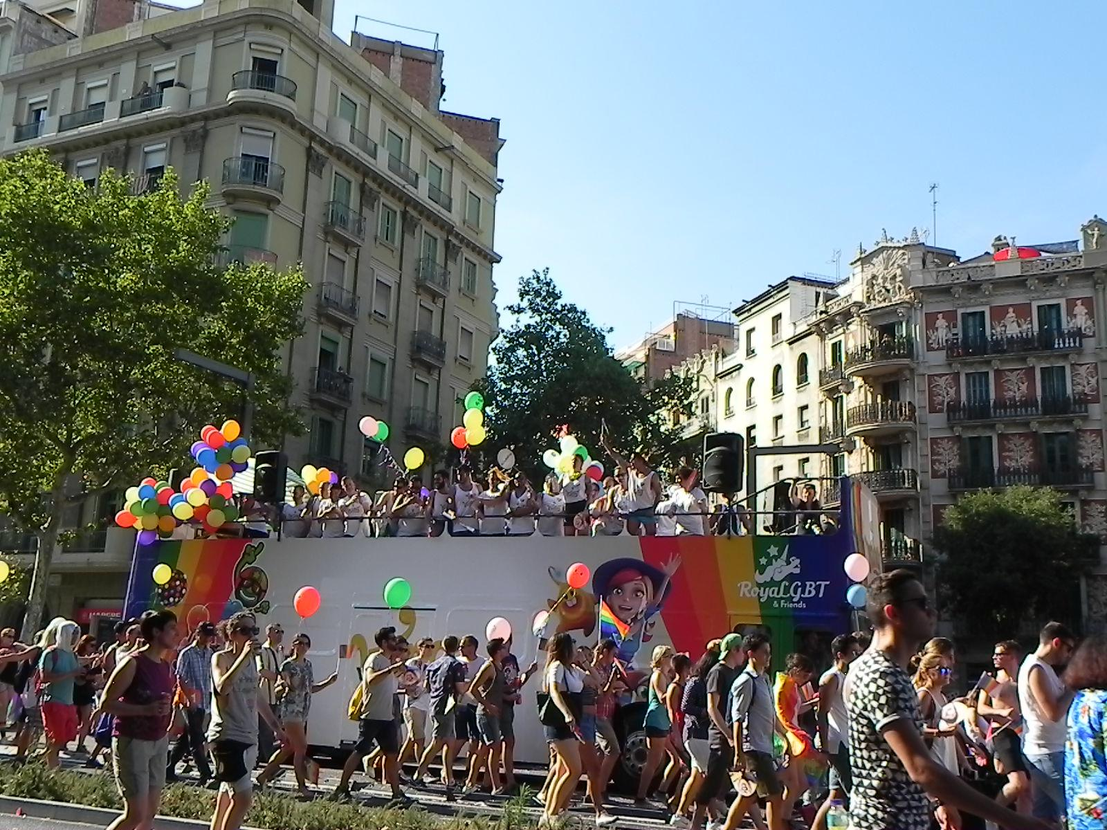 バルセロナ・プライド・パレード♪